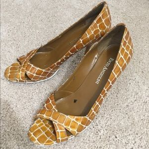 Enzo Angiolini Pumps heels size 6.5 7 small yellow